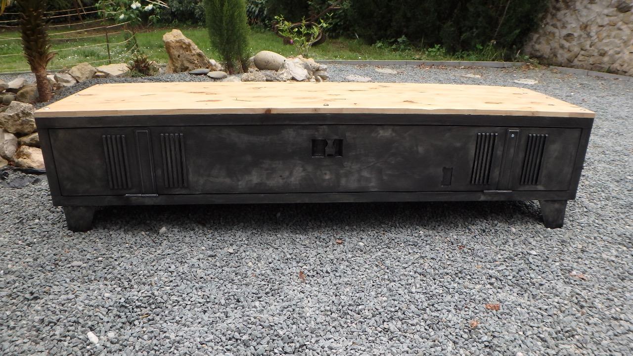 Populaire Meuble vestiaire métallique détourné en meuble TV - epdesign.fr YZ25