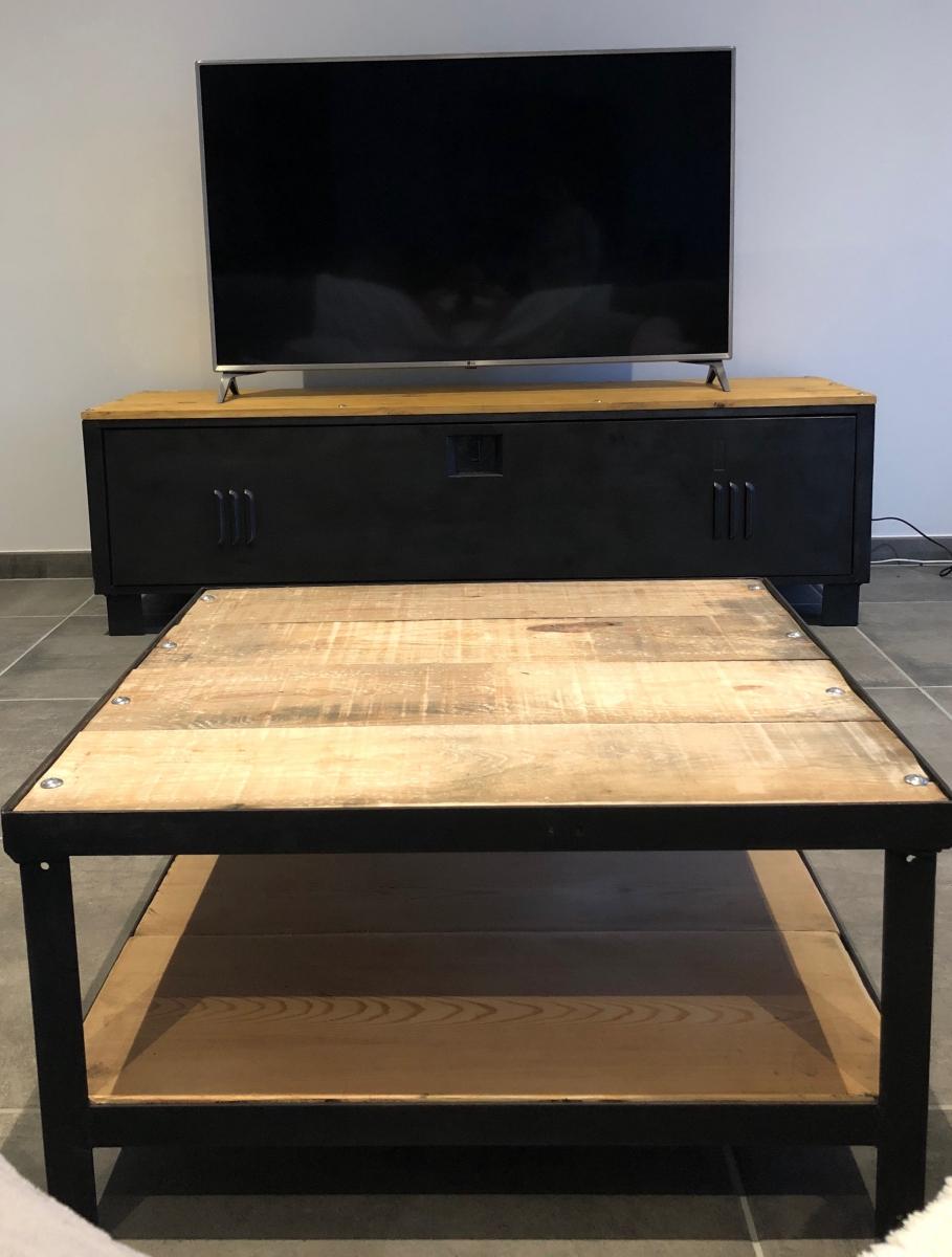 ep design mobilier contemporain. Black Bedroom Furniture Sets. Home Design Ideas